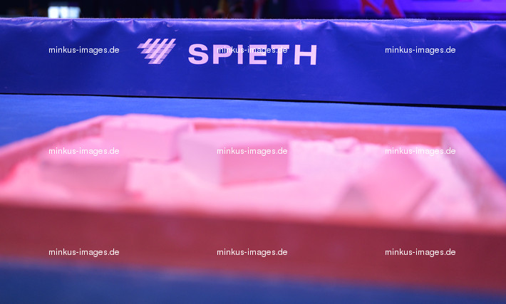 ART ECh-Moscow/RUS 2013: magnesia and SPIETH