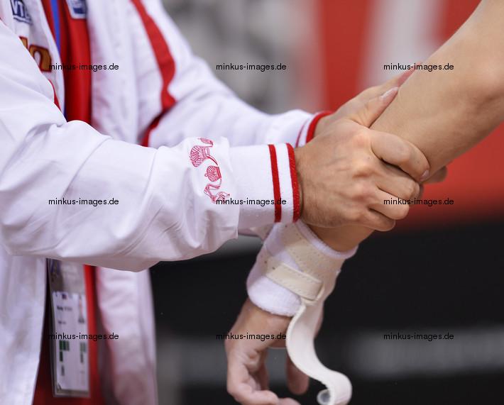 Men's ECh-Montpellier 2012: massage