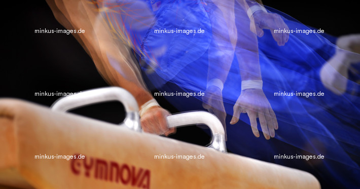 Men's ECh-Montpellier 2012: artwork,multishot