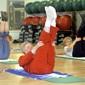 Frauen beim Pilates-Training im Fitness-Studio