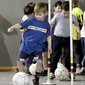 Kinder-Fussballtraining in der Halle